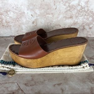 Women's New Tory Burch Wedges in Brown Size 8